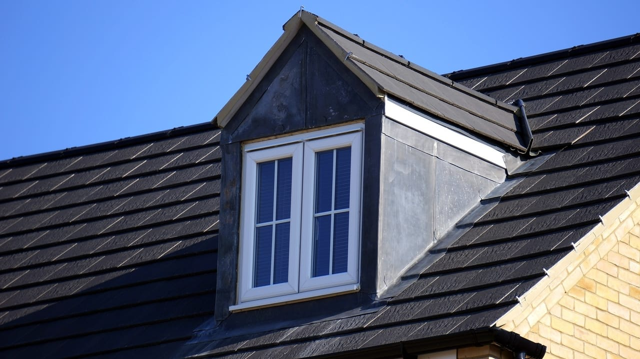 dark-house-roof
