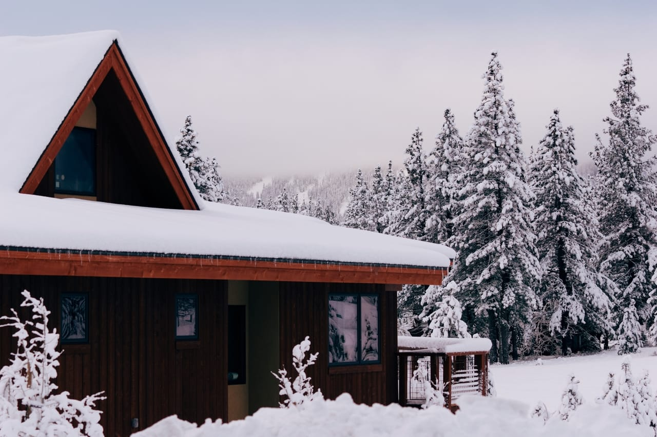 snowy-house-roof